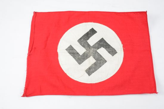 Welcome to VictoryMilitaria com - WW2 GERMAN FLAG $85 (Powered by